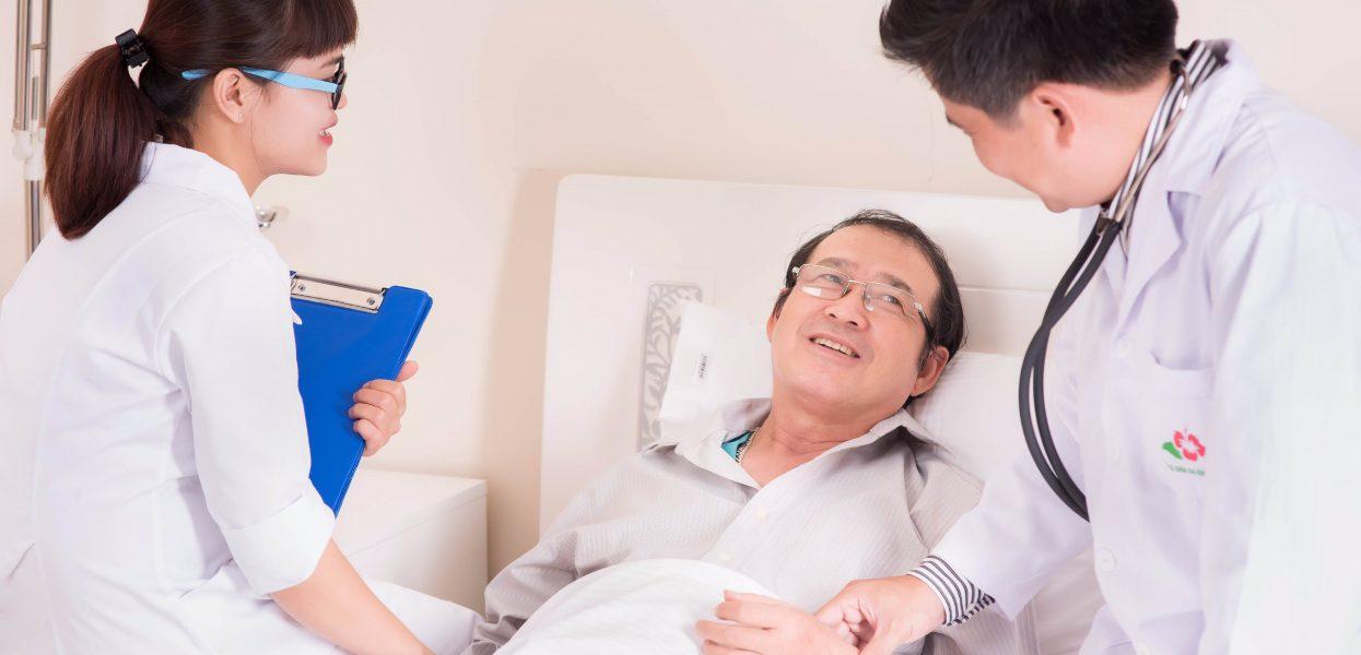 Sinh viên học ngành điều dưỡng có dễ xin việc không?