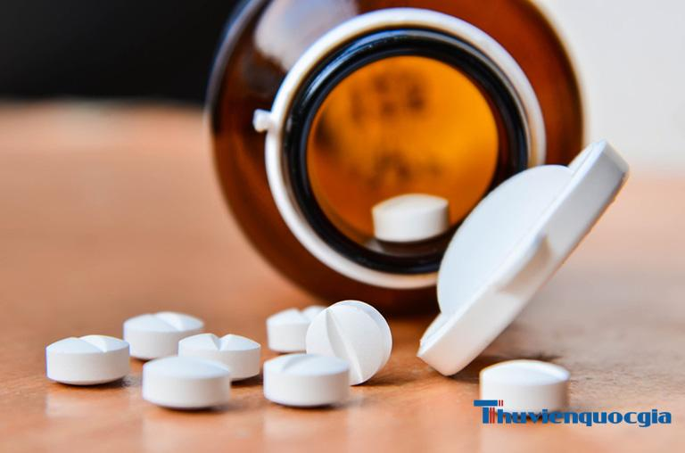 Bạn cần được thăm khám bác sĩ và tư vấn trước khi dùng thuốc